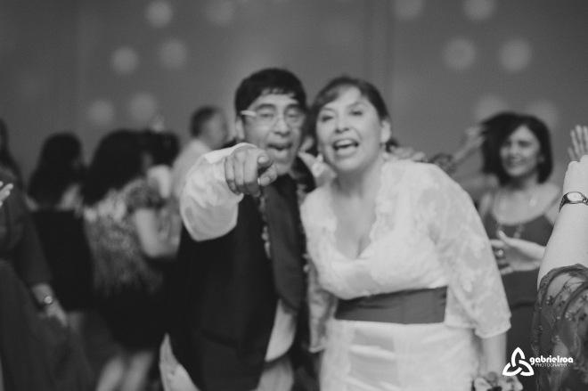 boda-wedding-weddingdestination-fotografodebodas-bodasadestino-civil-bodadedia-patagonia-patagoniaargentina-sur-caletaolivia-argentina-enlace-40