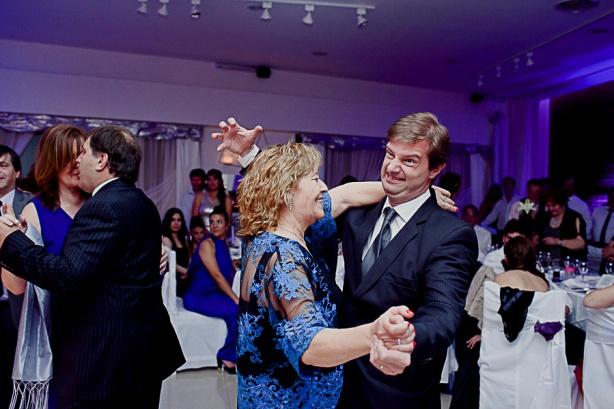 fotografodebodas-fotografiadeboda-bodaenpatagonia-fotogragrafodebodasadestino-weddingphotographyinpatagonia-patagonia-patagoniaargentina-patagoniachilena-gabrielroa-gabrielroafotografodebodas-retratosdefamilia-31