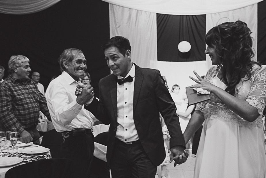 boda-felix-marifer-patagonia-argentina-fotografo-de-bodas-argentina-casamientos-en-patagonia-wedding-photography-gabriel-roa-photography-31
