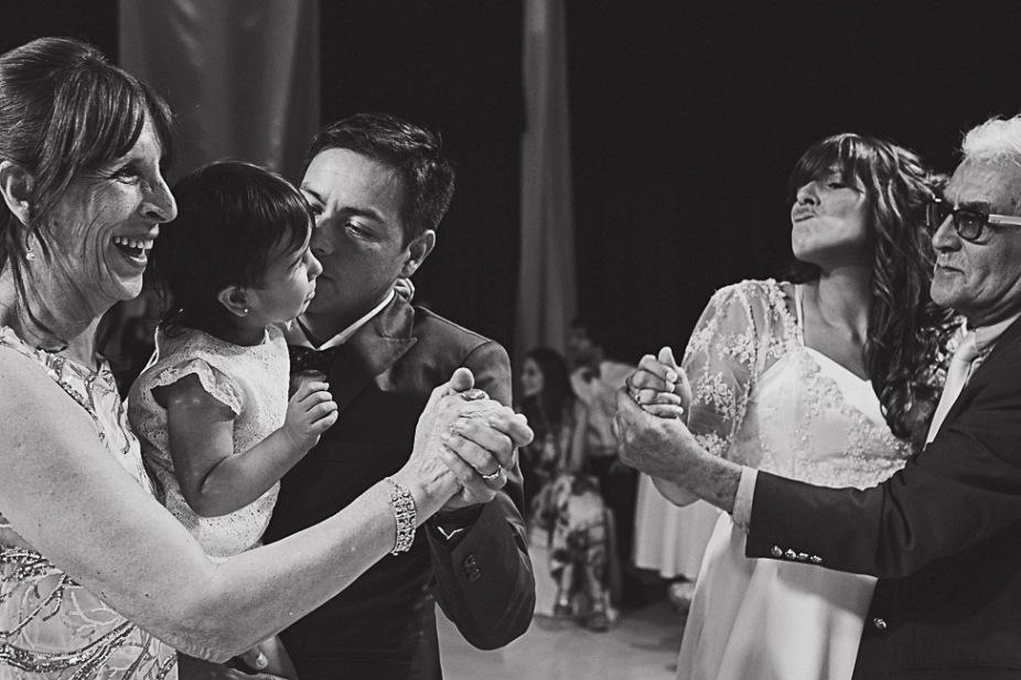 boda-felix-marifer-patagonia-argentina-fotografo-de-bodas-argentina-casamientos-en-patagonia-wedding-photography-gabriel-roa-photography-42