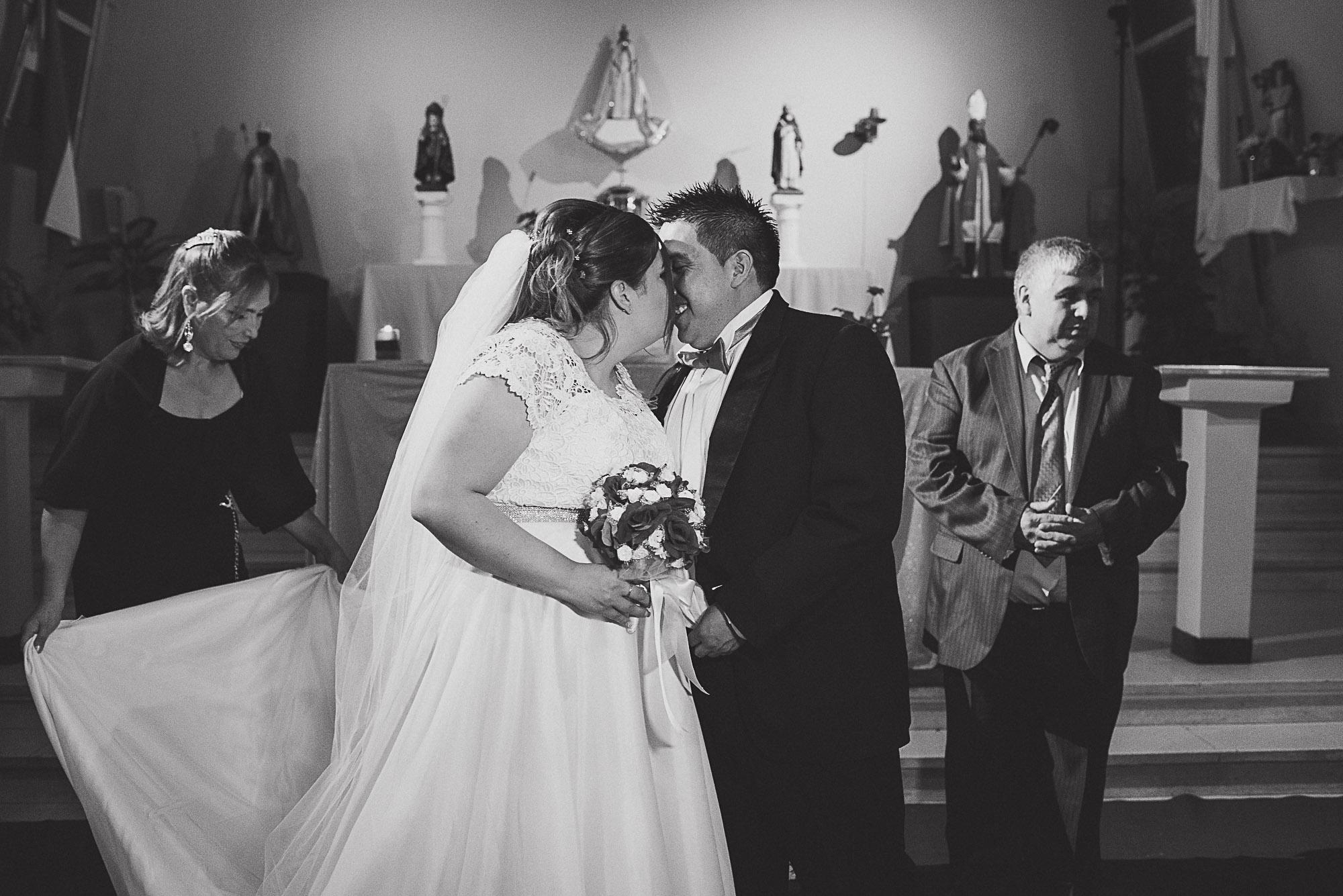 boda-vero-raul-patagonia-argentina-chilena-fotografo-de-bodas-argentina-casamiento-en-patagonia-gabriel-roa-photography-16