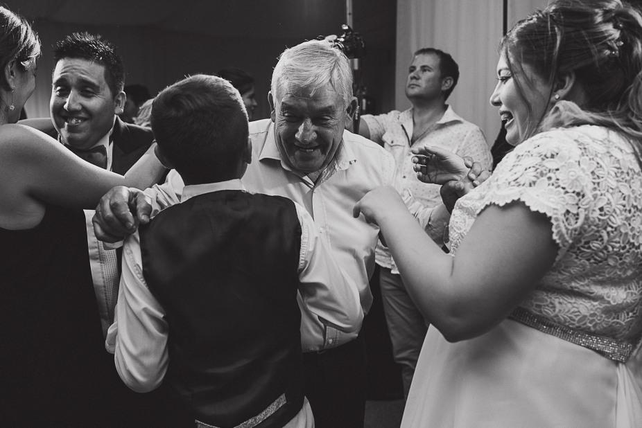 boda-vero-raul-patagonia-argentina-chilena-fotografo-de-bodas-argentina-casamiento-en-patagonia-gabriel-roa-photography-26