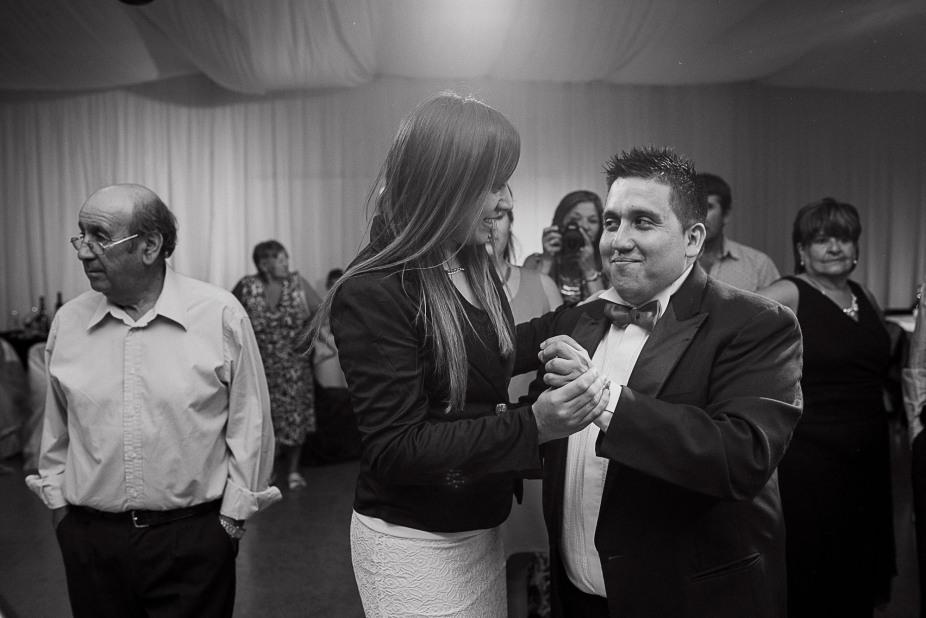 boda-vero-raul-patagonia-argentina-chilena-fotografo-de-bodas-argentina-casamiento-en-patagonia-gabriel-roa-photography-27
