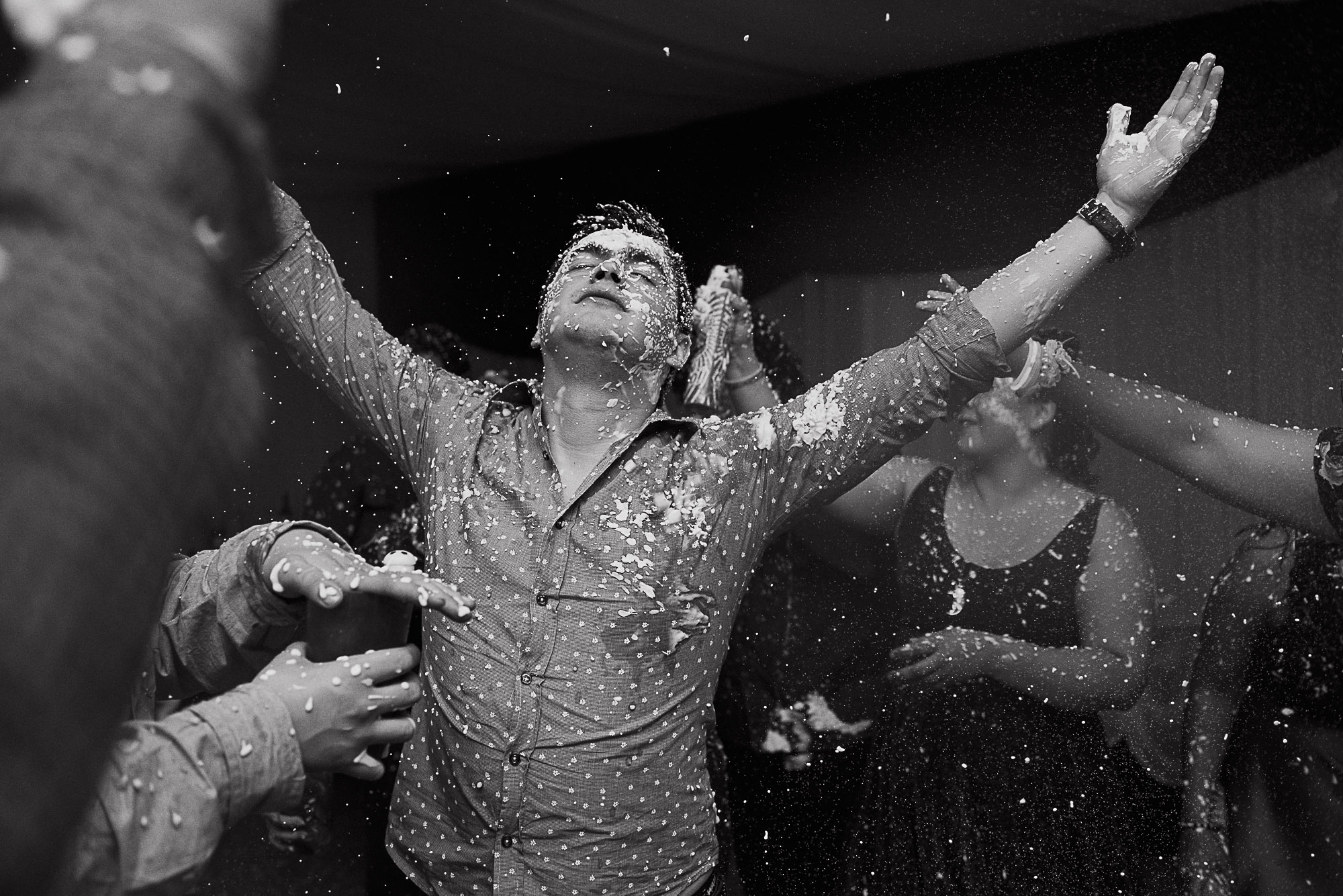 boda-vero-raul-patagonia-argentina-chilena-fotografo-de-bodas-argentina-casamiento-en-patagonia-gabriel-roa-photography-33