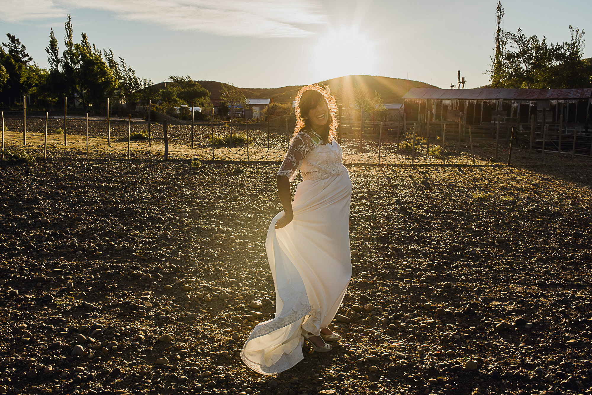 post-boda-trash-the-dress-marifer-y-felix-fotografia-de-bodas-en-patagonia-gabriel-roa-photography-11