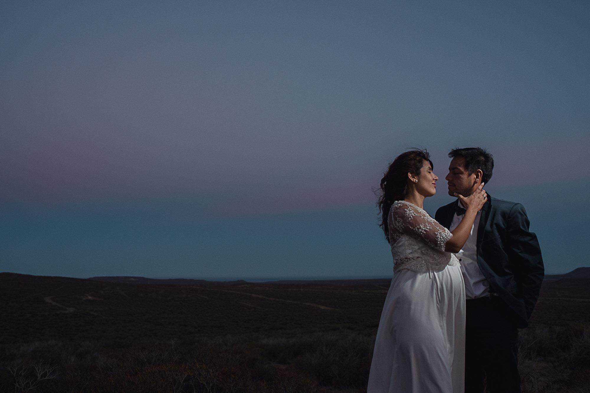 post-boda-trash-the-dress-marifer-y-felix-fotografia-de-bodas-en-patagonia-gabriel-roa-photography-19