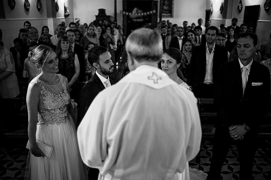 boda-guido-y-araceli-pigue-gabriel-roa-fotografo-de-bodas-en-patagonia-argentina-chilena-la-pampa-neuquen-rio-negro-san-carlos-de-bariloche-tierra-del-fuego-patagonia-argentina-015