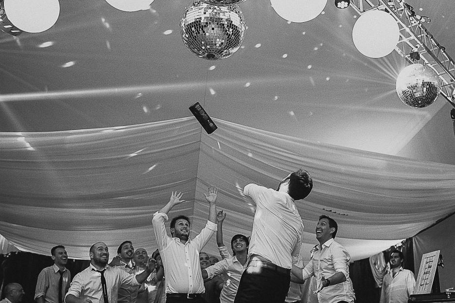 boda-guido-y-araceli-pigue-gabriel-roa-fotografo-de-bodas-en-patagonia-argentina-chilena-la-pampa-neuquen-rio-negro-san-carlos-de-bariloche-tierra-del-fuego-patagonia-argentina-037